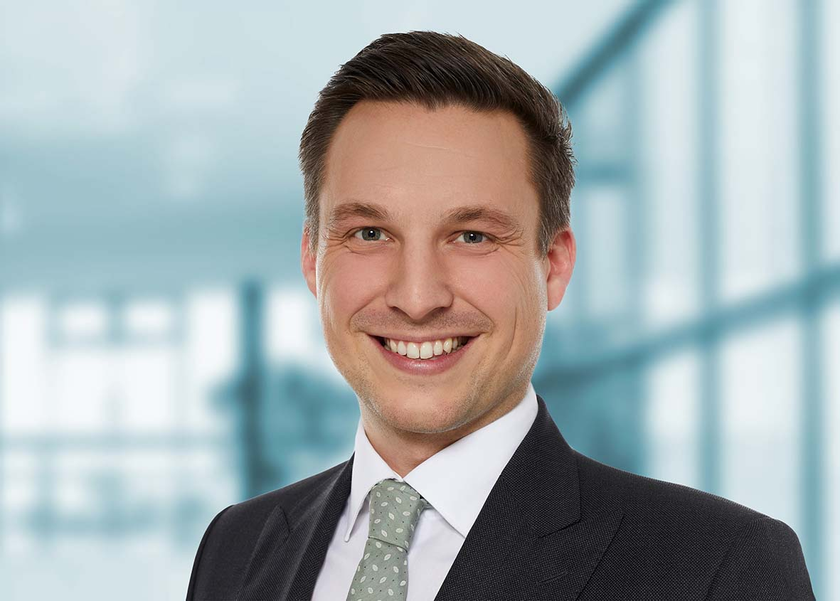 Christoph Ernst, Senior Manager