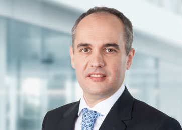 Josef Schima, Partner, head of industry center financial services